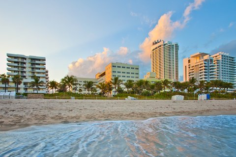Holiday Inn Miami Beach - Oceanfront - Hotel Exterior