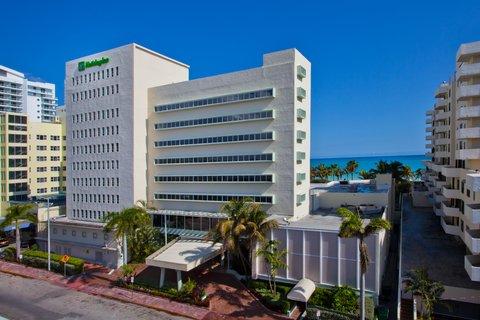 Holiday Inn Miami Beach - Oceanfront - Holiday Inn Miami Beach Oceanfront Day Exterior and Oceanview