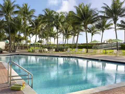 Holiday Inn Miami Beach - Oceanfront - Holiday Inn Miami Beach outdoor swimming pool