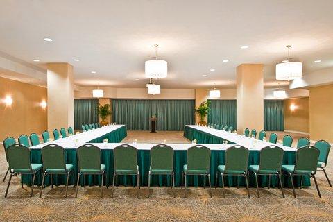 Holiday Inn Miami Beach - Oceanfront - Holiday Inn Miami Beach Oceanfront Fantasy Ushape set