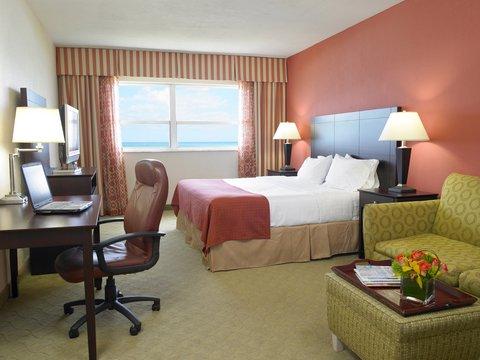 Holiday Inn Miami Beach - Oceanfront - Holiday Inn Miami Beach Oceanfront King Guest Room of Suite
