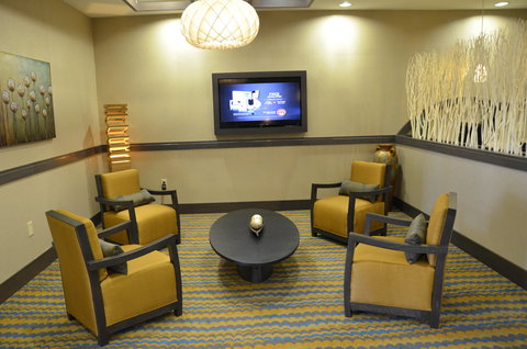 Holiday Inn Express Hotel & Suites Goldsboro - Base Area - Lobby Lounge