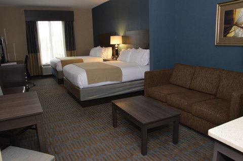 Holiday Inn Express Hotel & Suites Goldsboro - Base Area - Double Bed Guest Room