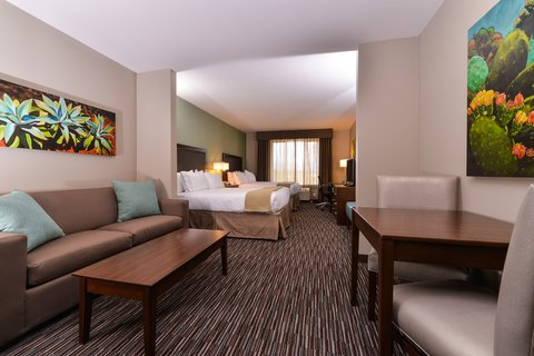 Holiday Inn Express & Suites INDIO - Deluxe Room