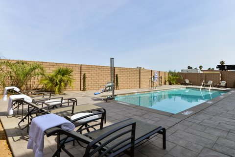 Holiday Inn Express & Suites INDIO - Swimming Pool