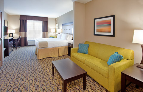 Holiday Inn Express & Suites ST. JOSEPH - King Suite Living Area