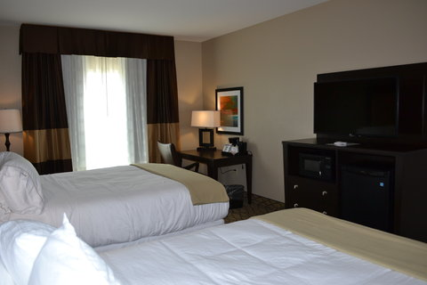 Holiday Inn Express & Suites ST. JOSEPH - Standard Double Queen Room