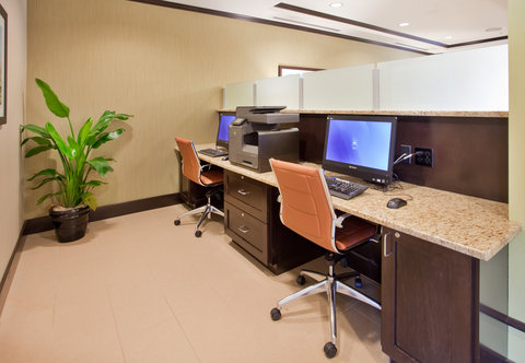 Holiday Inn Express & Suites ST. JOSEPH - Chic Business Center