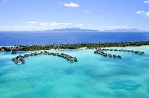 إنتركونتيننتال بورا بورا آند ثالاسو سبا - Aerial View of the Resort