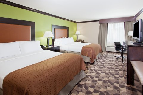 Holiday Inn Hotel & Suites COLUMBIA N I 77 TWO NOTCH RD - Two Queen Guest Room