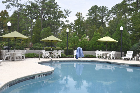 Holiday Inn Hotel & Suites COLUMBIA N I 77 TWO NOTCH RD - Swimming Pool