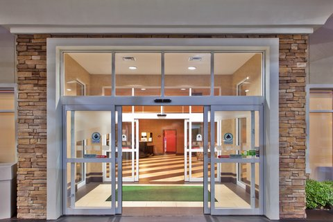 Holiday Inn Hotel & Suites COLUMBIA N I 77 TWO NOTCH RD - Entrance