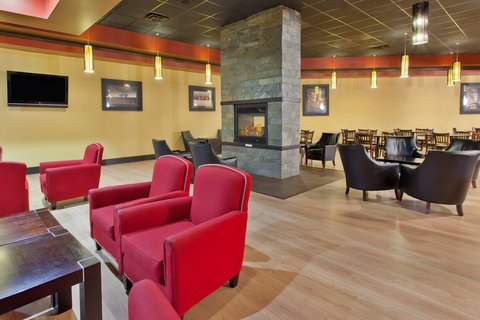 Holiday Inn Hotel & Suites COLUMBIA N I 77 TWO NOTCH RD - Bar and Lounge