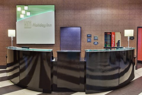 Holiday Inn Hotel & Suites COLUMBIA N I 77 TWO NOTCH RD - Front Desk