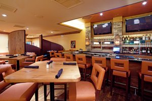 Bar - Holiday Inn Hotel & Suites Columbia Airport West Columbia