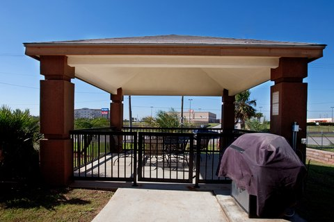 Candlewood Suites GALVESTON - Gazebo Area