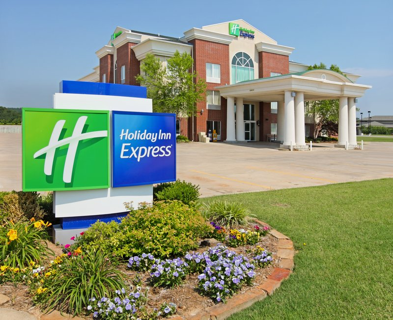 HOLIDAY INN EXP FORT SMITH EXE