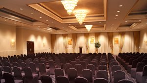 Let our team take care of all your meeting needs