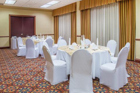 Crowne Plaza DALLAS-MARKET CENTER - Newbury Room