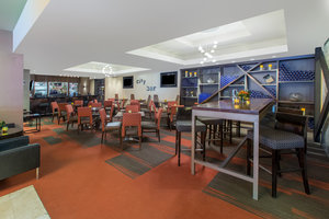 Bar - Crowne Plaza Hotel Kansas City