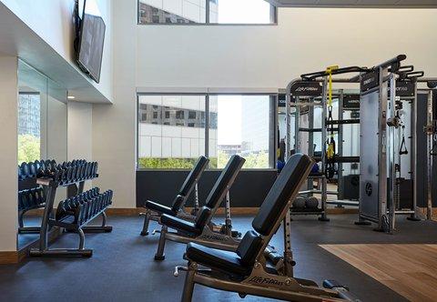 Marriott Charlotte City Center Hotel - Fitness Center - Free Weights