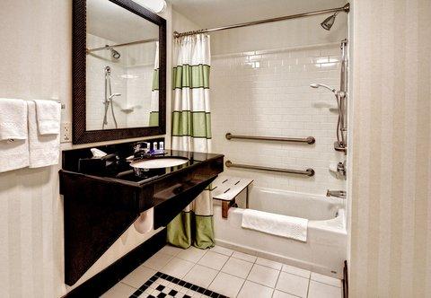 Fairfield Inn & Suites Naples - Accessible Guest Bathroom