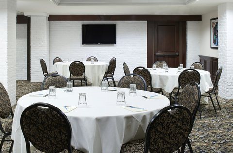 Club Quarters in Boston - Meeting Room