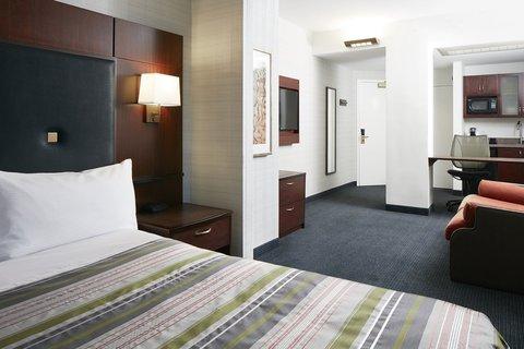 Club Quarters in Boston - One Room Suite