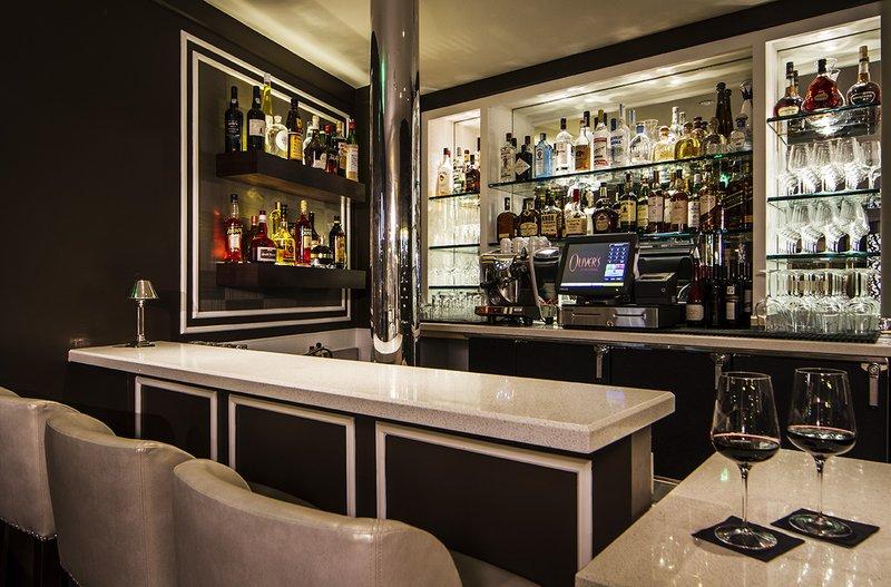 Bar 20 on Sunset - West Hollywood, CA