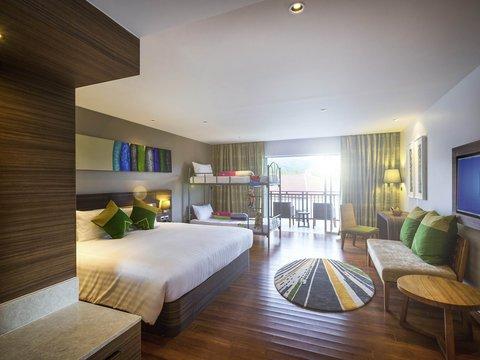 Novotel Phuket Karon Beach Resort And Spa  - Guest Room
