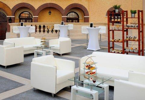 فندق ماريوت جي دبليو دبي - Outdoor Event Setup