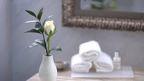فندق كراون بلازا ديرة دبي - Bathroom Amenities