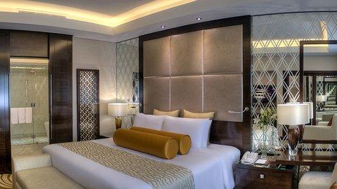 فندق كراون بلازا ديرة دبي - Comfort at the end of a busy day