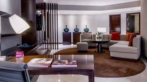 فندق كراون بلازا ديرة دبي - Executive Suite Room Feature