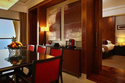 Amwaj Rotana - Presidential Suite Dining Room