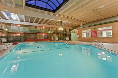 Holiday Inn FREDERICK-CONF CTR AT FSK MALL - Swimming Pool and Exercise room