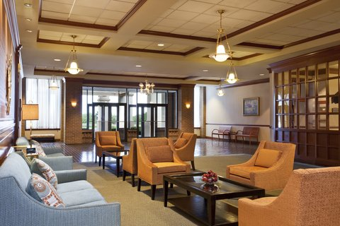 Holiday Inn FREDERICK-CONF CTR AT FSK MALL - Prefunction area   relax between meetings or events