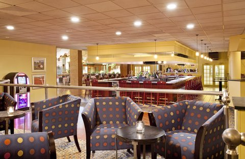 Holiday Inn FREDERICK-CONF CTR AT FSK MALL - Casey s Lounge  offers a casual  relaxing environment for friends