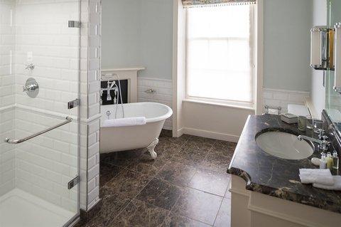 The Talbot Hotel - Junior Suite Bathroom