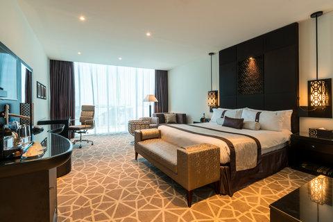 فندق هوليدي ان البرشا - DUBHI - Holiday-Inn-Dubai- Al-Barsha -1 King Bed Club Executive