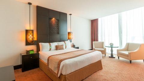 فندق هوليدي ان البرشا - King Bed Guest Room