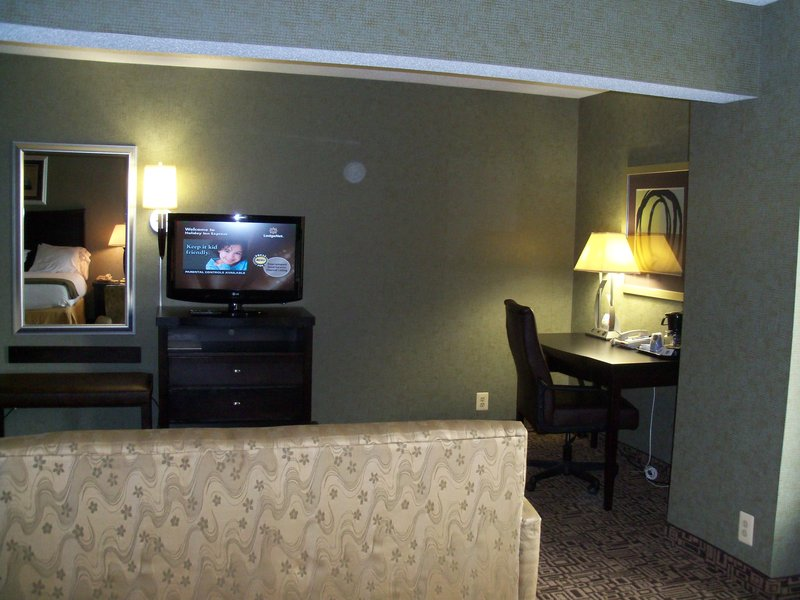 Holiday Inn Express & Suites TOWER CENTER NEW BRUNSWICK - Joppa, MD