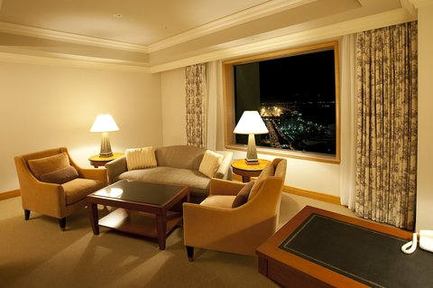 Grand Pacific LE DAIBA - CPL Corner Suite