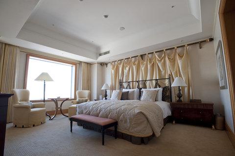 Grand Pacific LE DAIBA - Royal Suite Bedroom