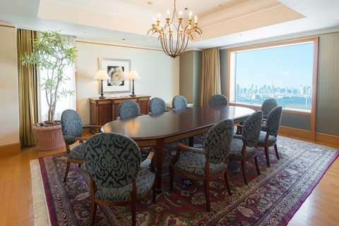 Grand Pacific LE DAIBA - Royal Suite Dining