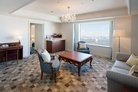 Grand Pacific LE DAIBA - Family Room-Living