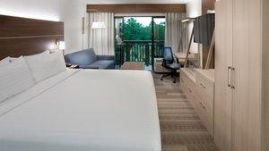 Room - Holiday Inn Express Hilton Head Island
