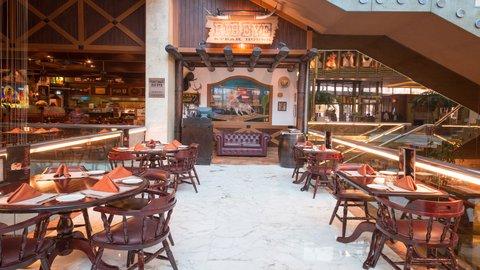 فندق كراون بلازا الكويت  - Rib Eye Steak House