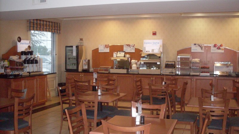 Holiday Inn Express & Suites READING - Mohrsville, PA