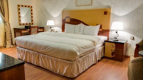 Renz Hotel - Bedroom